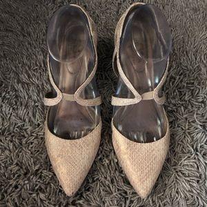 Life stride faux snake skin heels